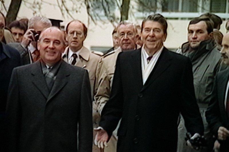 Die Reagan Show - Politik als Theater