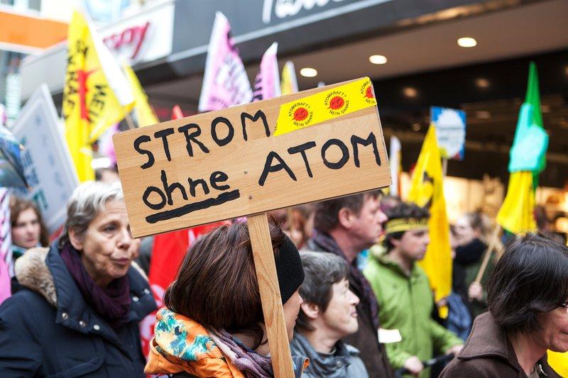 Atomkraft - Die Energiefrage spaltet die Menschheit