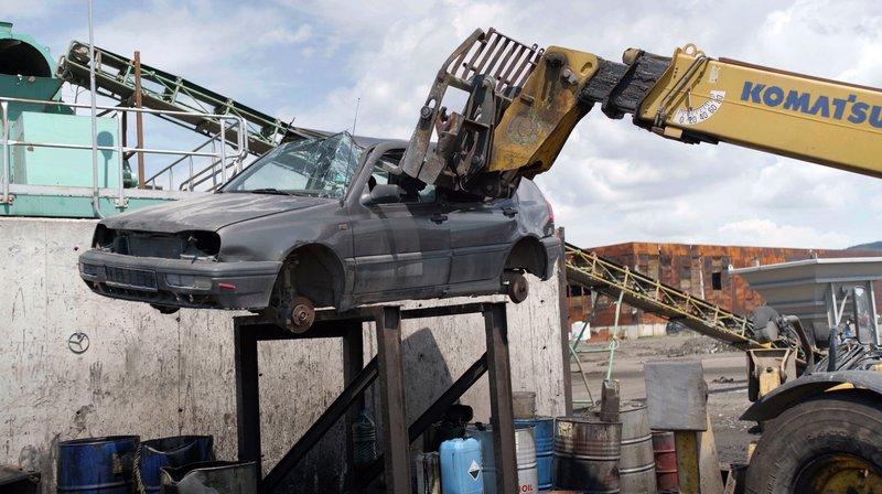 Abgewrackt und exportiert - Das große Geschäft mit alten Autos