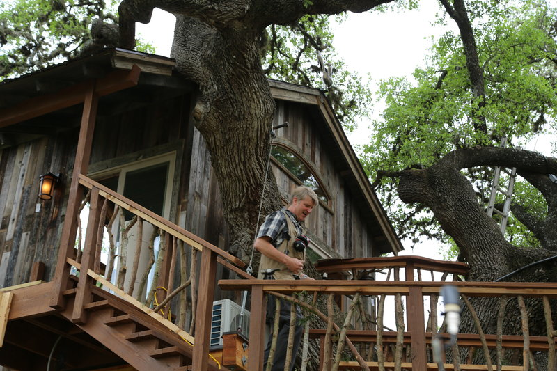die baumhaus profis das gourmet baumhaus bon app treehouse s05e06 tv wunschliste. Black Bedroom Furniture Sets. Home Design Ideas