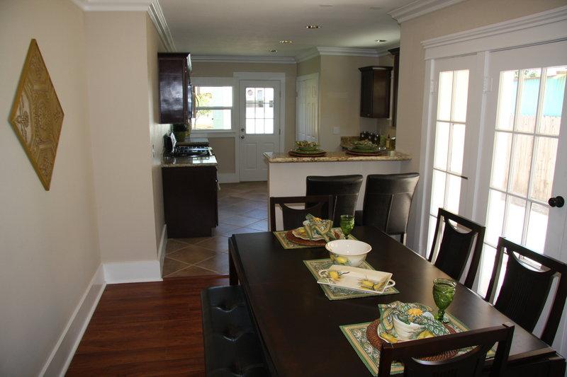 top oder flop die super makler bilder tv wunschliste. Black Bedroom Furniture Sets. Home Design Ideas