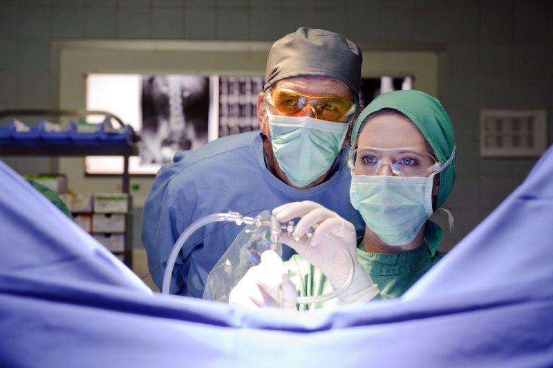 doctor 39 s diary m nner sind die beste medizin bilder seite 3 tv wunschliste. Black Bedroom Furniture Sets. Home Design Ideas