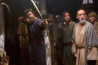 Gott hat sie auch nach 400 Jahren nicht vergessen: Um die Israeliten nach Kanaan zu führen, schickt Gott den erfahrenen Feldherrn Moses (Christian Bale, l.) zu Nun (Ben Kingsley, r.) und den anderen hebräischen Sklaven ...