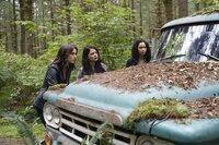 (v.l.n.r.) Abigael (Poppy Drayton); Mel Vera (Melonie Diaz); Macy Vaughn (Madeleine Mantock)