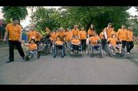 Tran To Nga (Mi.) führt in Saigon einen Marsch von Agent-Orange-Opfern an.