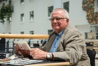 """""""Aus und vorbei"""":  Er gehörte zur den wichtigsten Männern der DDR, doch 1989 endet Eberhard Aurichs Karriere als Erster Sekretär der DDR-Jugend FDJ schlagartig."""