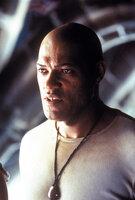 """Morpheus (Laurence Fishburne) setzt seine ganze Hoffnung darauf, dass Neo der """"Auserwählte"""" ist, der die Menschheit vor den Maschinen befreien kann."""