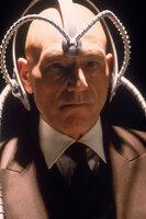 Hilft den Mutanten, ihre Kräfte zum Wohl der Menschheit einzusetzen: Professor Charles Xavier (Patrick Stewart).
