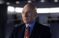 Er glaubt daran, dass die Mutanten lernen können, ihre Kräfte für das Gute einzusetzen: Professor X (Patrick Stewart)