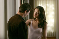 Julia (Michelle Monaghan, r.) ahnt nicht, dass ihr Zukünftiger (Tom Cruise, l.) ein Top-Agent ist ...