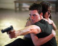 Julia Meade (Michelle Monaghan, r.) ist von dem brutalen Waffenhändler Owen Davian entführt worden. Für ihren Mann Ethan Hunt (Tom Cruise, l.) beginnt ein gnadenloser Wettlauf mit der Zeit ...