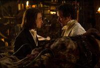 Wie wird der junge Igor (Daniel Radcliffe, l.) reagieren, als der verrückte Wissenschaftler Victor Frankenstein (James McAvoy, r.) auf die Idee kommt, eine Kreatur aus menschlichen Leichenteilen zum Leben zu erwecken?