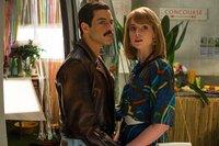 Freddie Mercury (Rami Malek, l.); Mary Austin (Lucy Boynton, r.)