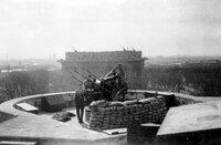 In Berlin gab es sechs Flaktürme, die einerseits als Bunker zum Schutz und gleichzeitig zur Abwehr feindlicher Flugzeuge dienten.