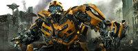 Die Decepticons kennen nach ihrer Niederlage durch die Autobots nur ein Ziel: Rache. Die Gelegenheit zur Vergeltung ergibt sich, als Shockwave zu neuem Leben erwacht. Für Bumblebee (Bild) beginnt eine alles entscheidende Schlacht ...