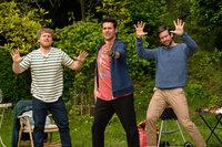 """Auch die """"Jungs"""" lassen die alten Schulzeiten wieder aufleben: (v.l.n.r.) Jochen (Axel Stein), Piet (Rick Kavanian) und Christian (Tom Beck) ..."""