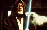 Obi-Wan (Alec Guinness) tritt zum alles entscheidenen Kampf gegen Darth Vader an ...