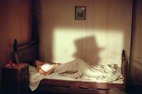 Bei Inspector Frederick Abberline fühlt sich Mary Kelly (Heather Graham) sicher und geborgen. Nach den Morden von Jack the Ripper, ist keine Frau nachts mehr sicher. Ob ihre Bekanntschaft mit den Opfern ihr zum Verhängnis wird?