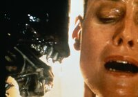 Trotz großer Furcht und Panik nimmt Ellen (Sigourney Weaver) den schier ausichtlosen Kampf gegen das schleimige Alien auf ...