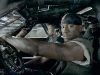 Für den Sieg gibt Machine Gun Joe (Tyrese Gibson, r.) alles, da ist für ihn auch das Leben seines Navigators (l.) nur zweitrangig ...