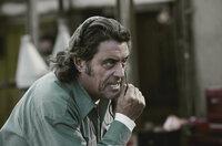 Coach (Ian McShane) versucht, Frankenstein wichtige Anweisungen mitzugeben. Wird das zum Sieg reichen?