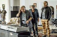 Rocklegende Wim (Axel Prahl, li.) mit seinen Bandkollegen Jojo (Michael Gaedt) und Harry (Klaus Stiglmeier).