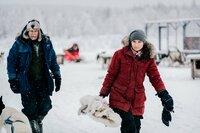 DOK - Abenteuer Lappland: Die Husky-Tour des Lebens 2020  Am Schluss der Tour verabschieden Martina Schweizer und Armin Berchtold ihre Hunde   Copyright: SRF/Jaakko Posti