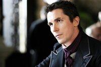 Ein tragischer Unfall macht Alfred Borden (Christian Bale) und Robert Angier zu erbitterten Feinden ...