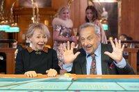 Reginald (Wolfgang Stumph) und Ljudmila (Natalia Bobyleva) glauben an ihre Glückssträhne.