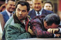 Ein unzertrennliches Gespann: Bernard (Gérard Jugnot) fängt Michel (Jean Rochefort) auf, wenn er schwächelt.