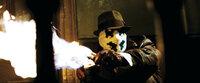 Als sein Superheld-Kollege The Comedian ermordet wird, glaubt Watchmen Rorschach (Jackie Earle Haley) an eine Verschwörung. Schon bald kommt er einem geheimen Plan auf die Spur, demzufolge alle Superhelden verraten und getötet werden sollen ...