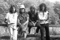 Queen (Freddie Mercury, John Deacon, Roger Taylor, Brian May, v.l.) nahmen in den Rockfield Studios ihren Welthit ?Bohemian Rhapsody? auf.