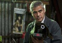 Der Profikiller Jack (George Clooney) soll für eine andere Killerin ein Präzisionsgewehr anfertigen.
