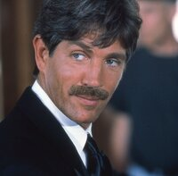 Eric Roberts (The Replacement).