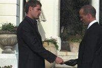 """Gangsterboss """"Wall Street"""" (Matt Schulze, l.) hat einen Auftrag für Frank (Jason Statham, r.), der diesen in große Schwierigkeiten bringen wird ..."""