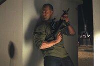 Mit seiner menschlichen Fracht an Bord handelt sich Frank (Jason Statham) kräftig Ärger ein. Sowohl mit der Polizei, als auch mit einem Menschenhändlerring ...