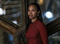 Muss in Gefangenschaft eines brutalen und skrupellosen Mannes ums Überleben kämpfen: Uhura (Zoe Saldana) ...
