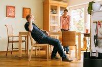 Ehekrise: Hanno (Christian Hockenbrink, l.) beichtet Tina (Isabelle Barth, r.) seinen Seitensprung.