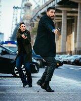 Special Agent Maggie Bell (Missy Peregrym, l.); Special Agent Omar Adom 'OA' Zidan (Zeeko Zaki, r.)