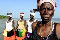 Muscheln sammeln ist auf Orango Frauensache.