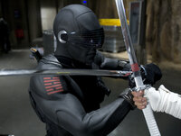 Snake Eyes (Ray Park) fürchtet weder Tod noch Teufel ...