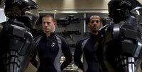 Geraten in die Hände der G.I. Joes: die beiden Elitesoldaten Duke (Channing Tatum, l.) und Ripcord (Marlon Wayans, r.) ...