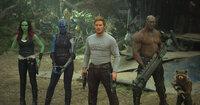 (v.l.n.r.) Gamora (Zoe Saldana); Nebula (Karen Gillan); Peter Quill alias Star-Lord (Chris Pratt); Drax (Dave Bautista); Rocket