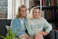 L-R: Sandy (Cheryl Hines) and Kiki (Kristen Bell)