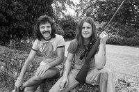Tony Iommi (li.) und Ozzy Osbourne (re.) von der Heavy-Metal-Band Black Sabbath waren ebenfalls in den Rockfield Studios zu Gast.