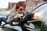 Ist er wirklich der, der er behauptet zu sein? Oder treibt er ein doppeltes Spiel? Agent Roy Miller (Tom Cruise) ...