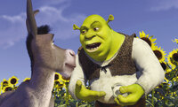 Als sich Oger Shrek (r.) mit einer Zwiebel vergleicht, versteht der Esel (l.) nur noch Bahnhof ...