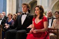 Louisa (Emilia Clarke) und Will (Sam Claflin) besuchen auf ihren Wunsch ein Klassik-Konzert.