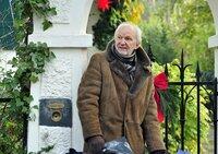Robert Berger (Michael Gwisdek) steht ein turbulentes Weihnachtsfest ins Haus.