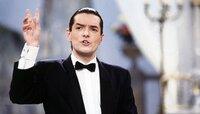 """Mit dabei: Sänger Falco mit seinem Hit """"Der Kommissar""""."""